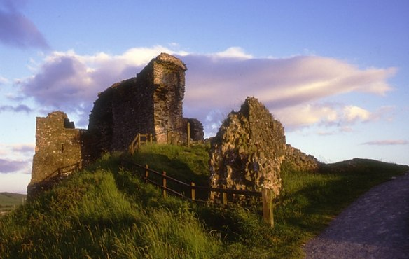 Kendal Castle was acquired through the marriage of Sir William de Parr to the heiress and only child of Sir John de Ros of Kendal, Elizabeth de Ros in 1383.