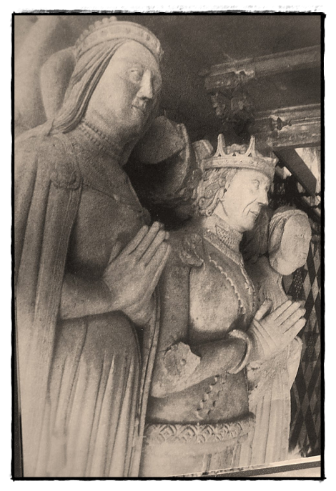 Effigy of John Tiptoft and his two wives which included Cecily, Dowager Duchess of Warwick.