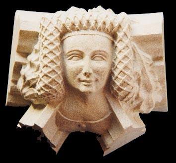 This head, believed to represent Joan Plantaganet, wears her hair in a netted fret, a fashion popular in the late 14th century. The actual boss in Canterbury Cathedral is not terribly prominent and takes a few minutes to locate - like most cathedrals it is possible to discover something new on each visit.