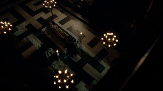 Queen Anne lying in state as portrayed by the TV series, 'The White Queen'.