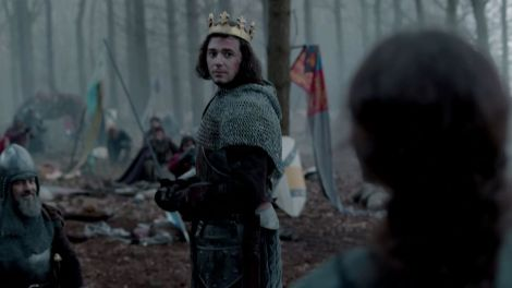 """The White Queen"", BBC. Lord Stanley offers the crown to Henry Tudor. Lady Margaret stands on the battlefield to see her son crowned."